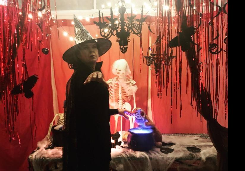 Apajan Halloween-huone